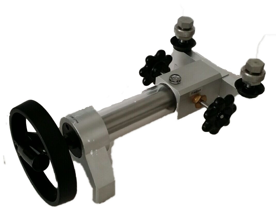 KT50 Hand Operated   Comparator